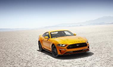 2019 Ford Mustang GT_front_right (2)