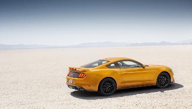 2019 Ford Mustang GT_rear_right (2)
